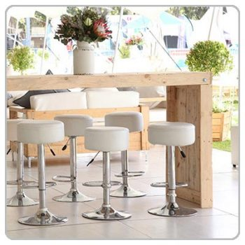 Cocktail Tables & Chairs